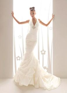 Aire Collection 2010 - Yeray, vestido largo en seda, corte sirena, escote en V